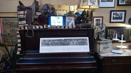 Omak, WA: The Breadline Cafe