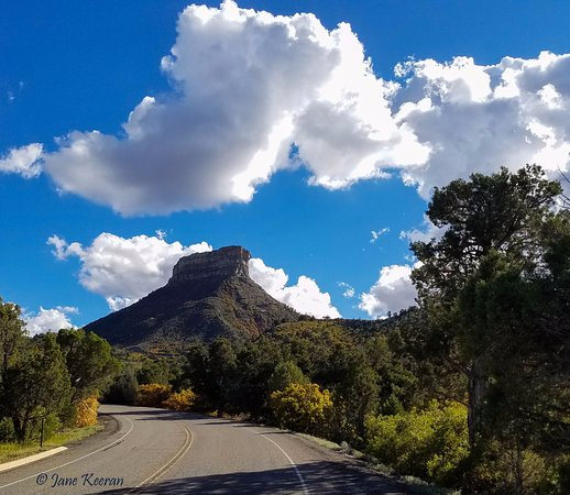 Mancos, Kolorado: Road to the Top of Mesa Verde.