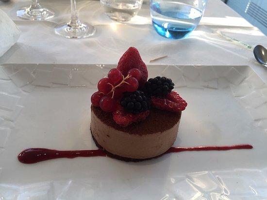 Le Carré St Michel : Douceur...Tout est dans le nom de ce dessert...