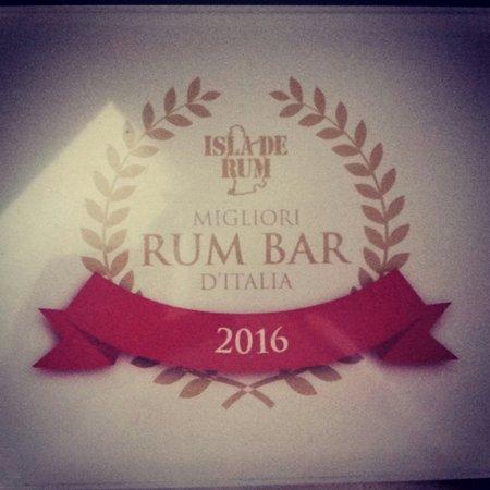Monna Lisa Caffe: Top 20th rum bar in Italy!!!!
