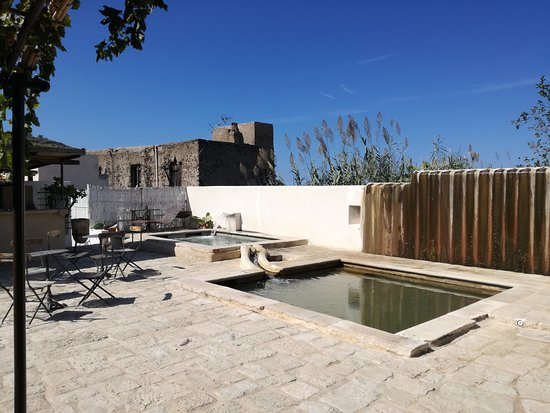Spa salus per aquam malfa all you need to know before for Salina sicily things to do