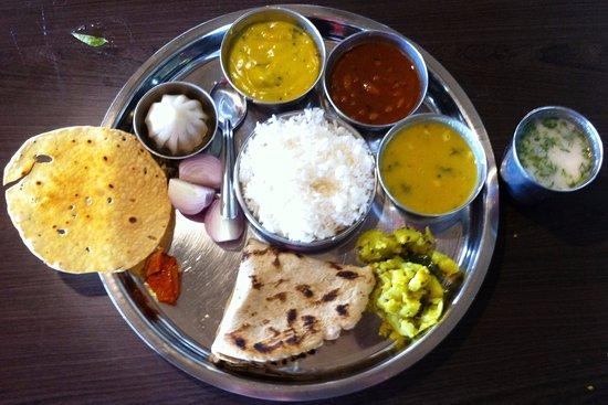 nitin s mummy s homely food veg thali