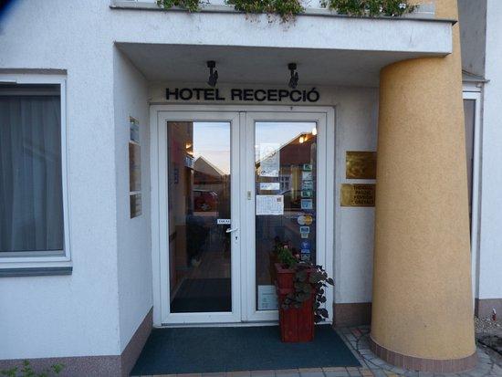 Morahalom, Hongarije: Hotel recepció