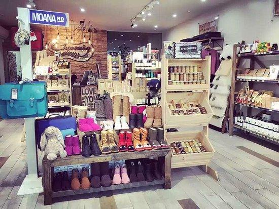 Charming Souvenir Store