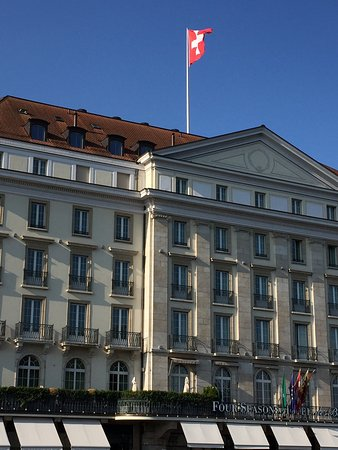 Four Seasons Hotel des Bergues Geneva: photo4.jpg