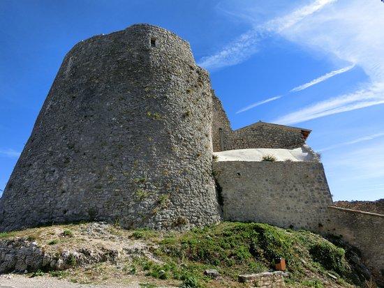 Simiane-la-Rotonde, فرنسا: Château