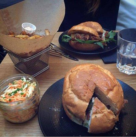 pacman burger picture of edmond pure burger palais. Black Bedroom Furniture Sets. Home Design Ideas