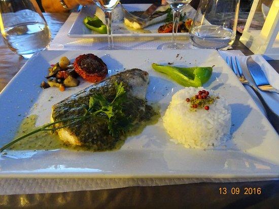 Le Relais Fleuri : Poisson au dîner , très bien.