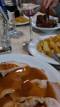 Gualdo Cattaneo, Ιταλία: Secondi piatti abbondanti e molto particolari