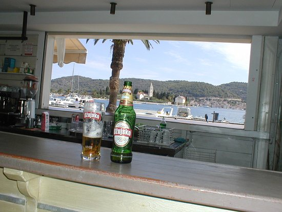 The view of the Bay from the outside bar at Bejbi, Vis Town.