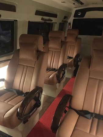 Presidential Wheels Plush reclining seats & Plush reclining seats - Picture of Presidential Wheels New Delhi ... islam-shia.org