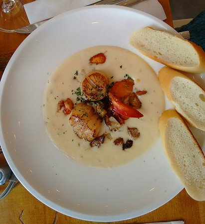 Summerville Centre, Canada: seafood chowder