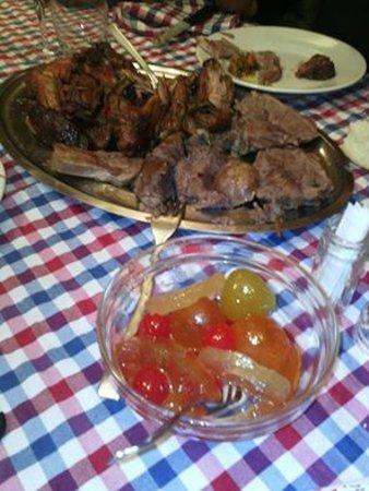 Costa Sant' Abramo, Italy: vassoio di carne