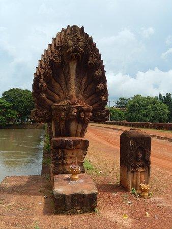 Kampong Thom, Cambodja: Naga