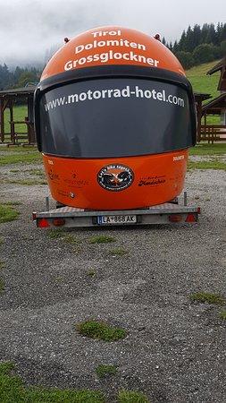 Sankt Margarethen im Lungau, Oostenrijk: That's a big helmet