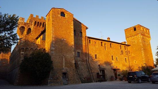 Agriturismi Il Castello La Grancia: Il castello La Grancia (dove si dorme)