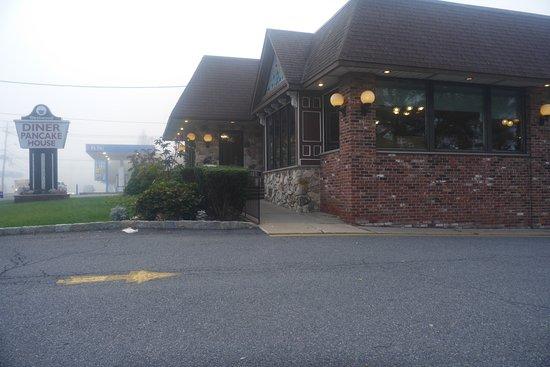 Westwood, NJ : Front entrance