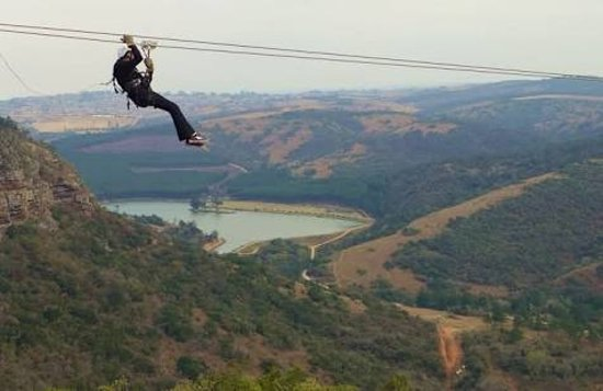 Port Shepstone, Sudáfrica: Lake Eland Zip Lines, at 4,5kms this is the longest tour in Africa
