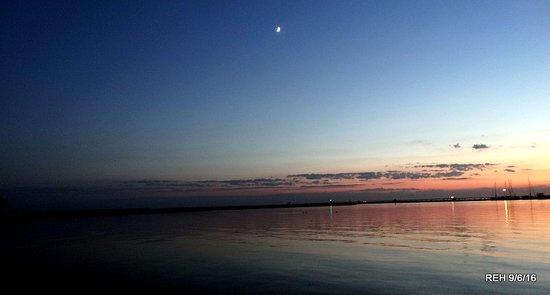 Rock Hall, MD: Sunset on the Chesapeake