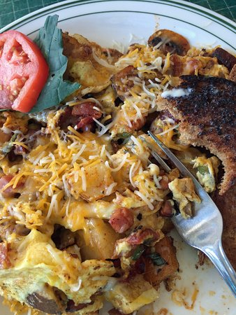 Port Ludlow, Ουάσιγκτον: Country Mix Up breakfast with homemade toast