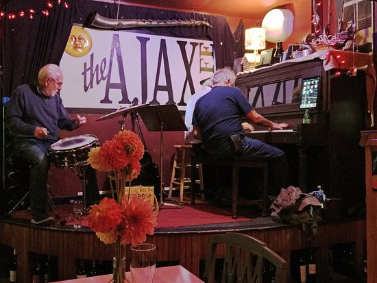 Port Hadlock, WA: Jazz City Trio playing on Tuesday nights