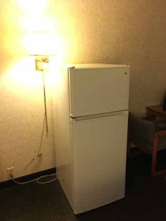 Campton, NH: Refrigerator