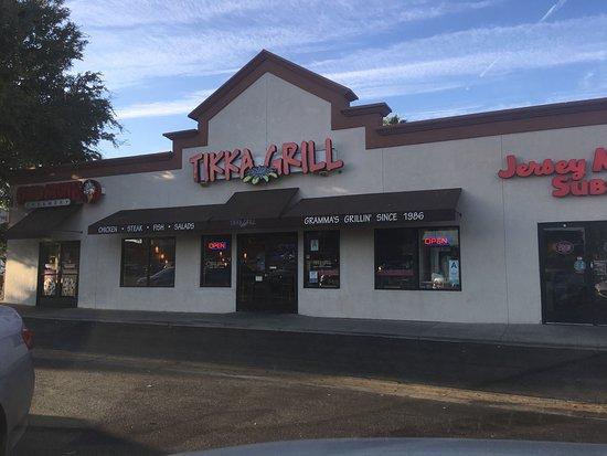 Antioch, Kalifornia: Tikka Grill In Fallbrook Mall
