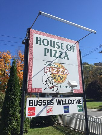 ‪St Johnsbury House of Pizza‬