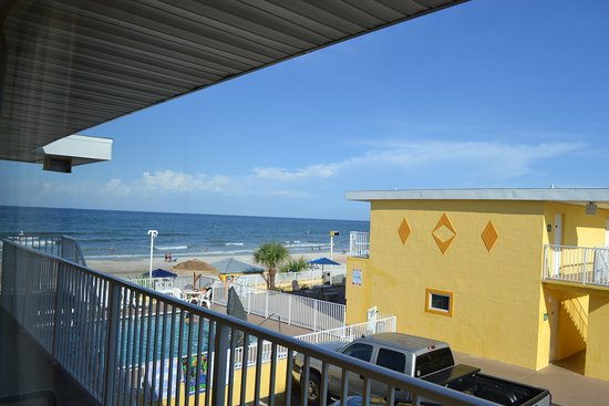 OceanFront Inn and Suites: View from the room