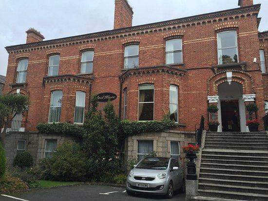 Ariel House: photo1.jpg