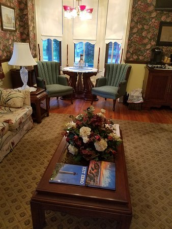 The Blue Rose Inn & Restaurant : Morning Living Room