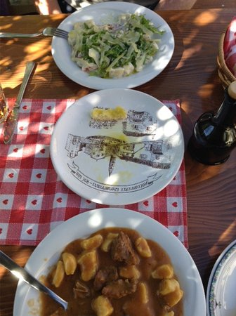 Roc, Chorwacja: Great meal (sorry partially eaten as we couldn't wait)