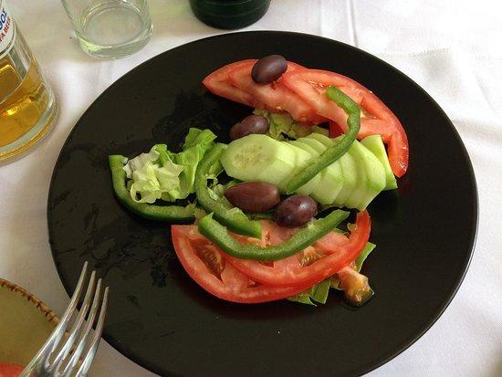 Ydria: Tomato salad