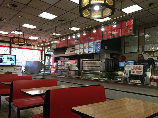 New York Pizza Ambiance Picture Of Famous Original Ray S Pizza New York City Tripadvisor
