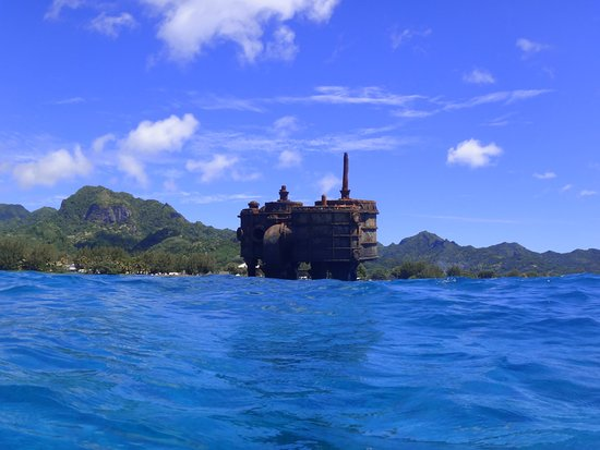 Adventure Cook Islands: The ship wreck