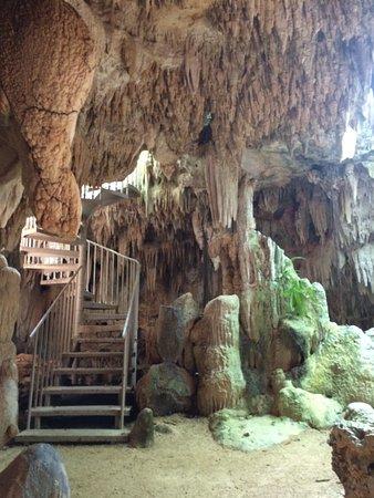 جورج تاون, جراند كايمان: The starter cave - no roof