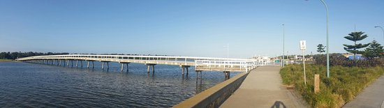 Waters Edge Holiday Park: 20161008_074738_large.jpg
