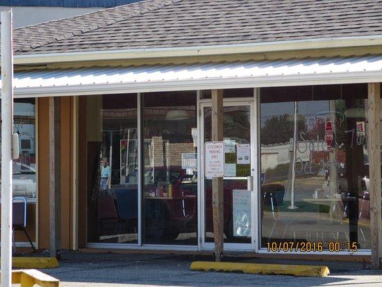 Garrett, IN: My Corner Cafe on West King Street