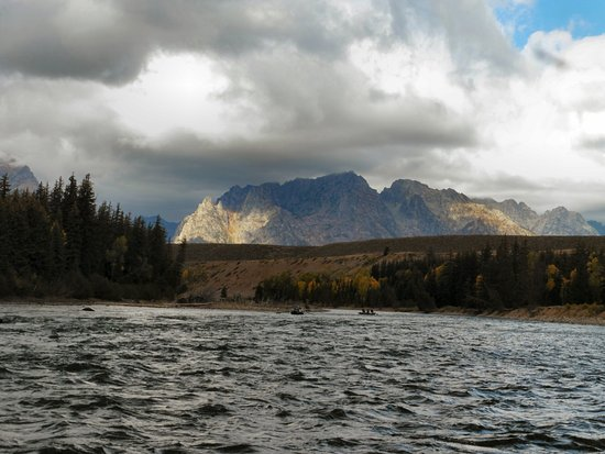 Solitude Float Trips: Grand Tetons from the River