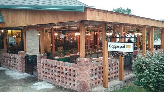 Clarkesville, GA: Patio, Gelato, Appetizer Sampler
