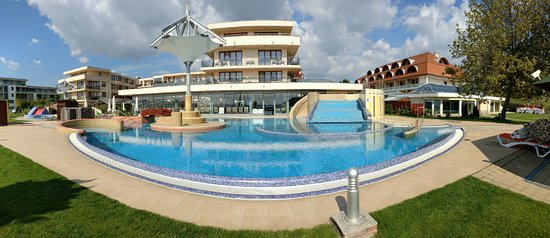 Photo of Flamingo Wellness Hotel Balatonfured