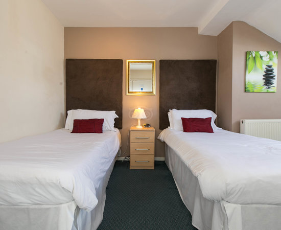 Cheap Hotel Rooms Southport