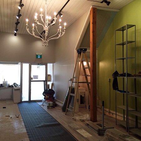 Uxbridge, Kanada: Our new location 58 Brock Street West Ux