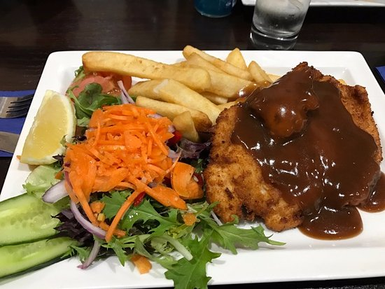 Chicken Schnitzel Chips Salad And Gravy Proper Gravy Too Picture Of Blue Duck Hotel Ararat Tripadvisor