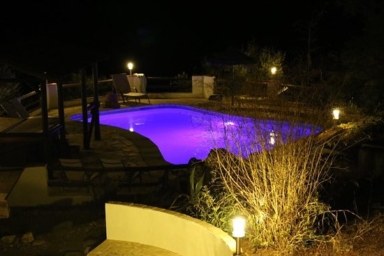 Riogordo, España: Pool at night