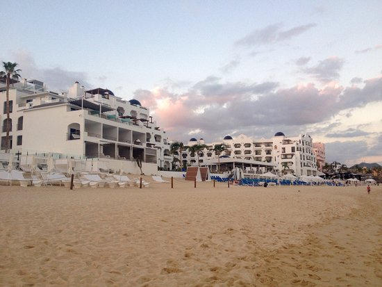 Pueblo Bonito Rose: View from the beach directly in front of the hotel