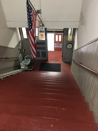 Freeport, IL: The steep wooden stairs with the lift chair.
