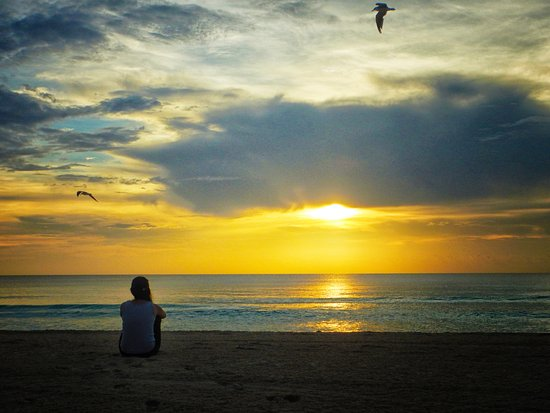 Resultado de imagen para Amanecer en la playa