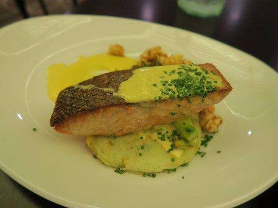 Рути-Хилл, Австралия: 料理の様子