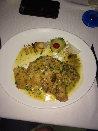 carmine gastronomia arte food is delicious from appetizers to desert bit pricy